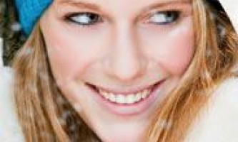 Доглядаємо за собою взимку: як доглядати взимку за особою, губами, руками і волоссям