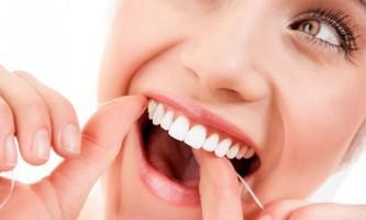 Догляд за зубами в домашніх умовах: 7 важливих правил