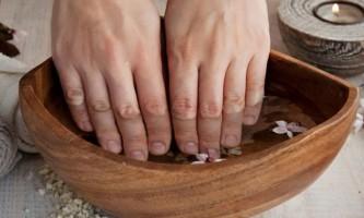 Зміцнюють ванночки для нігтів в домашніх умовах