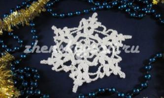В`язання новорічної сніжинки гачком - схема і майстер клас